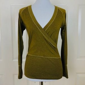Lucy Tops - Lucy Activewear Women's Green V-neck Long Sleeve